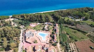 Torre Navarrese Beach Resort