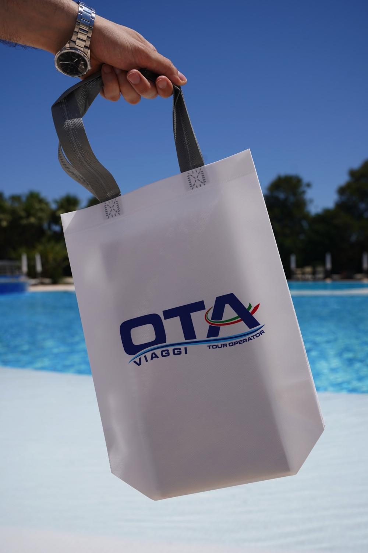Piscina Riva Marina Resort.jpg